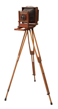 old-wooden-tripod.jpg